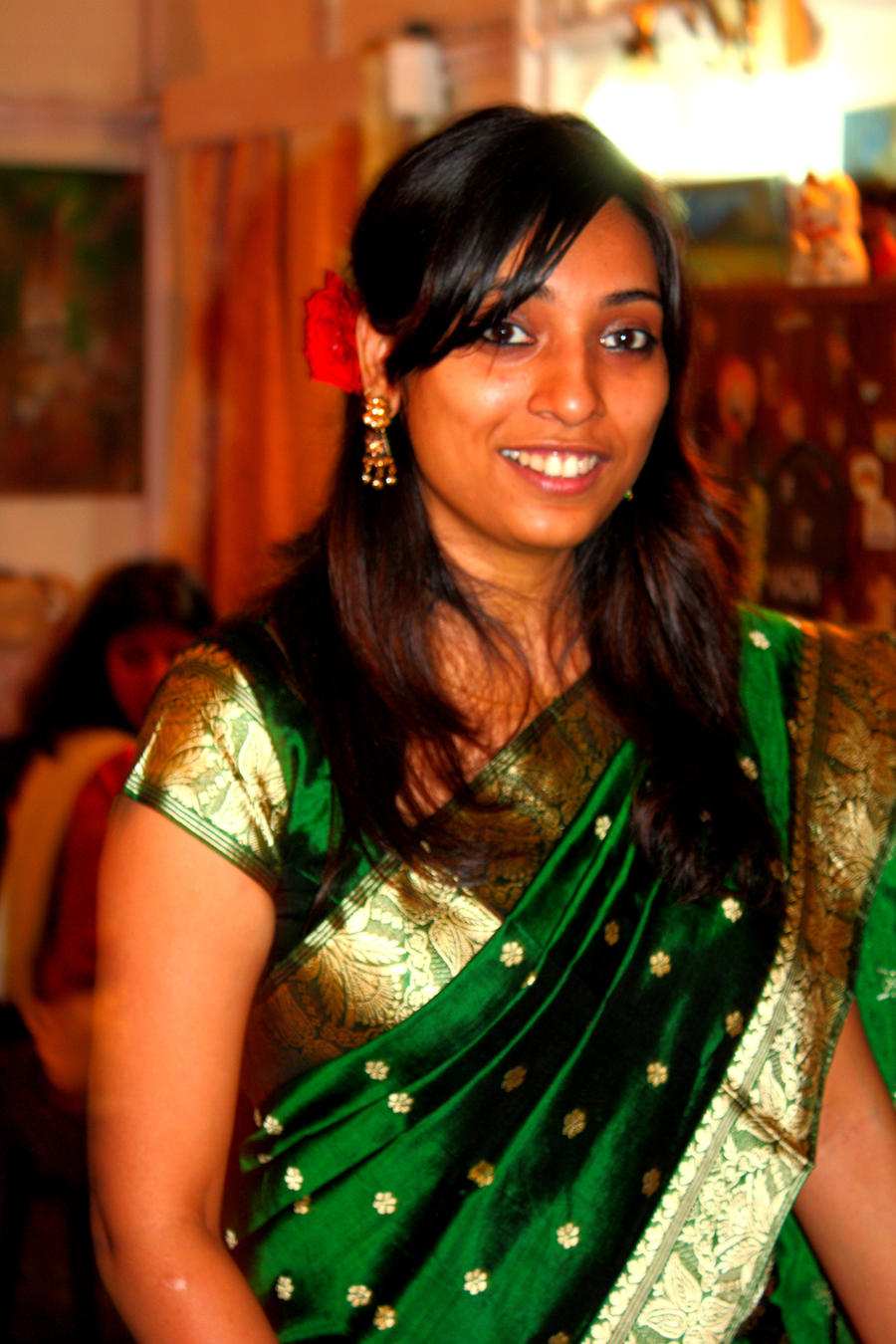 Beautifull and latest mehndi design dresses design for gilrs 2012 - 20 Absolute Mehndi Design Wallpaper Cool Hd