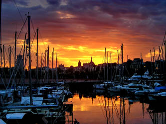 The Sun Sets Upon Barcelona by short--story