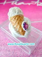 Small Ice Cream Box by royalquartz