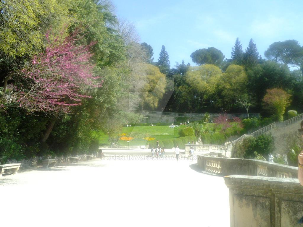 Photo Fontaine De Jardin small part of le jardin de la fontaine.jdestinyx on