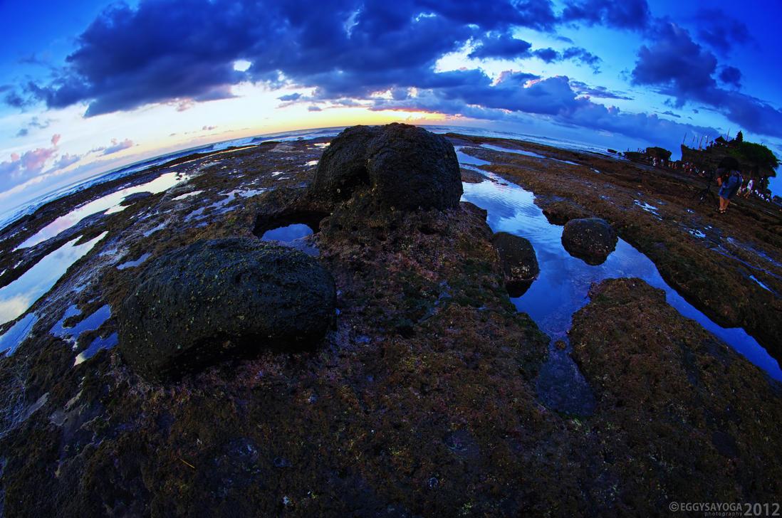 Sunset at Tanah Lot 3 by SaiogaMan