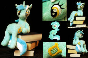 Sitting Lyra Heartstrings Plushie by WhiteHeather