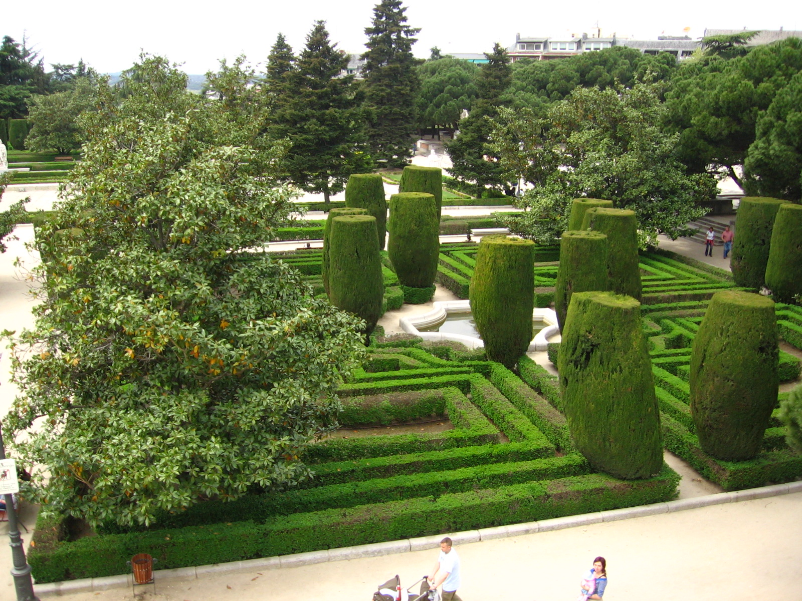 jardin palacio real madrid by iv4n4stock on deviantart