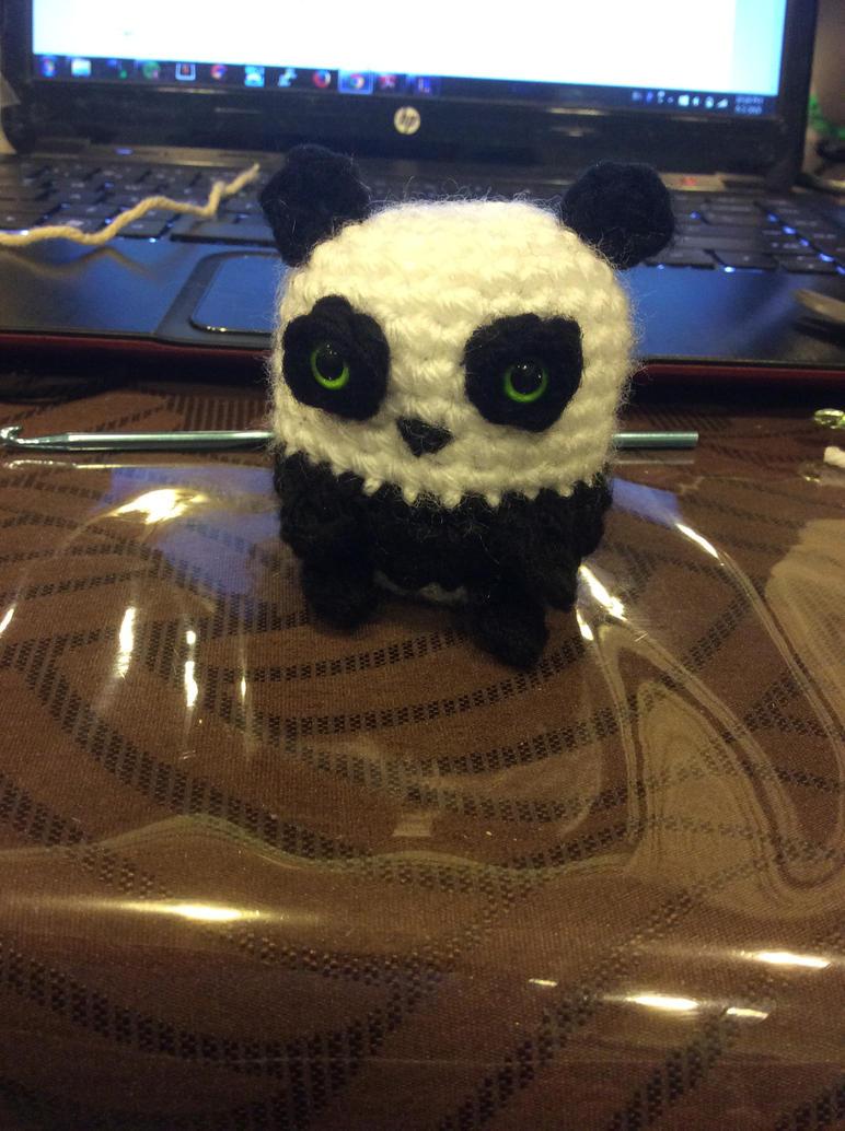 Panda (crochet) by uchihacrush
