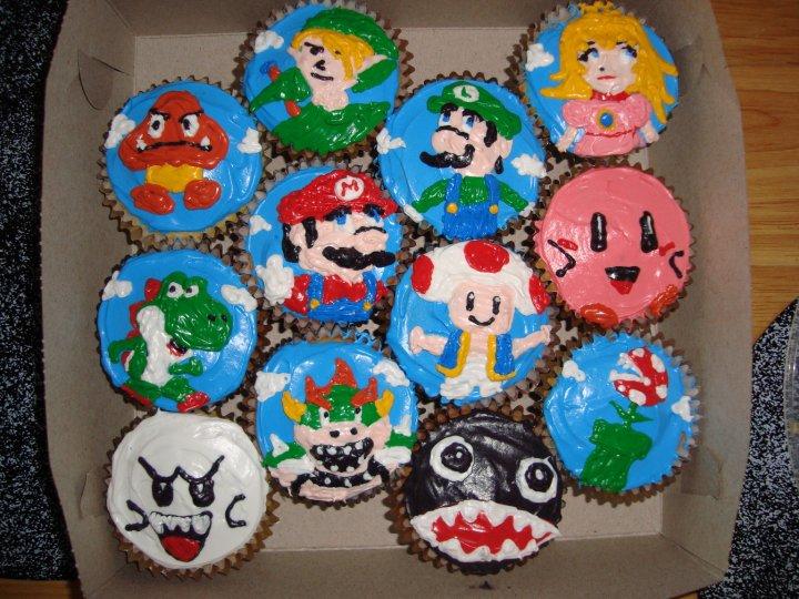 http://fc05.deviantart.net/fs70/f/2010/241/6/3/nintendo_cupcakes_by_kaejae-d2xl9g3.jpg