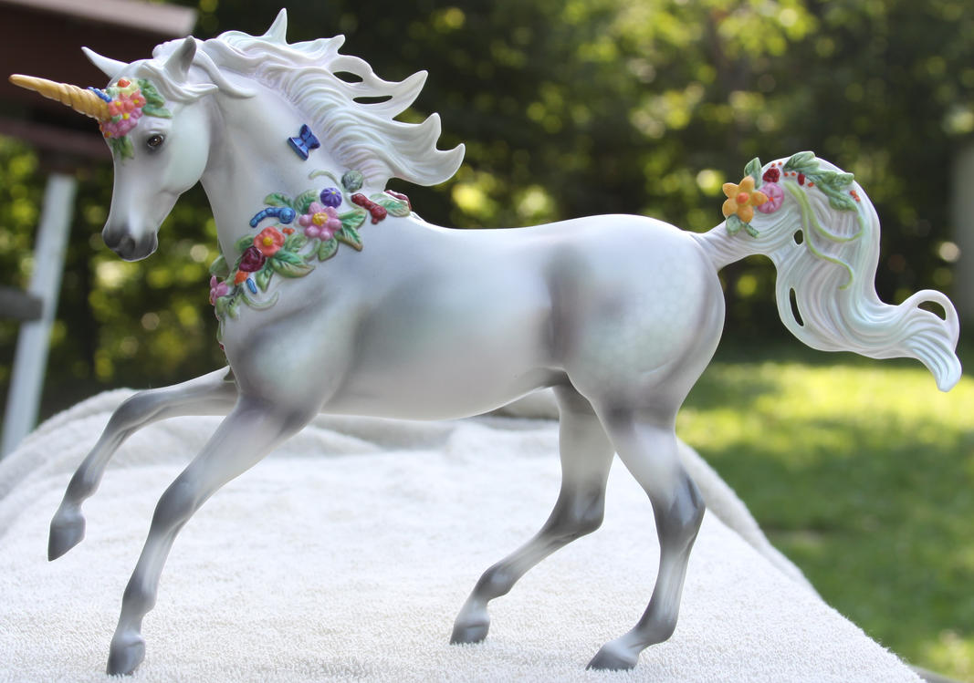 Breyer Unicorn Aurora Shock 1 by Lovely-DreamCatcher