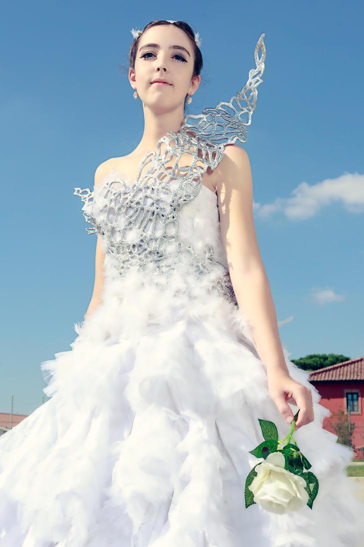 Katniss Everdeen by Cami86