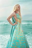 Daenerys Targaryen cosplay by GarnetTilAlexandros