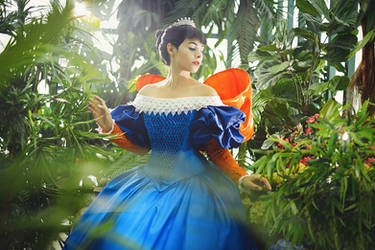 Mirror Mirror - Snow White cosplay by GarnetTilAlexandros