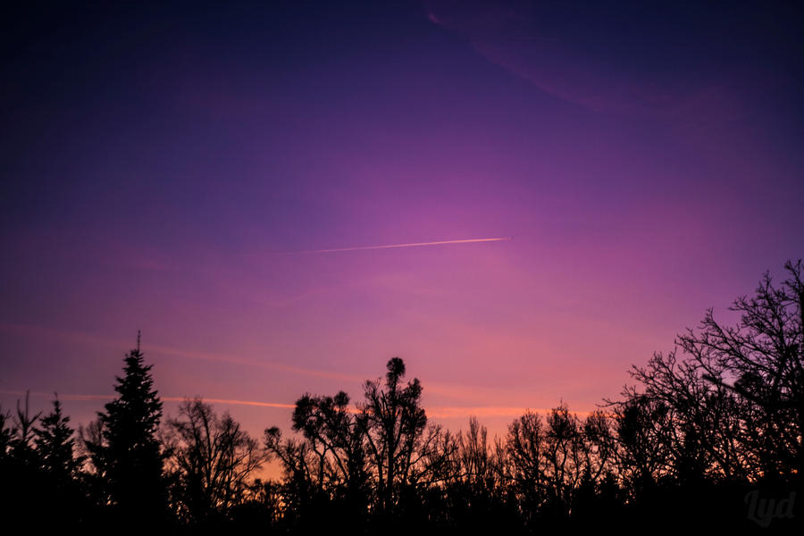 winter sky by lydluSKA