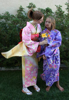 Kimono Girls 36