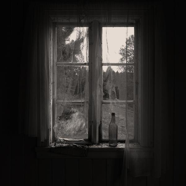Bottle Of Sunken Dreams by Linlith