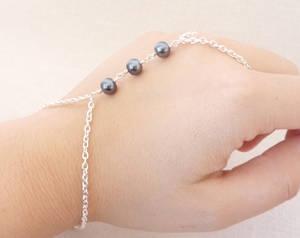 Three Pearls-Black by BlackBlossomJewelry