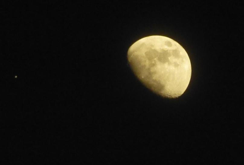 Moon by Raikoh-illust