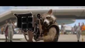 rocket raccoon and his big gun