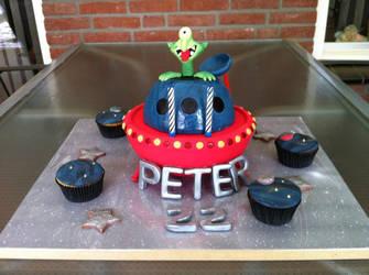 UFO cake by FireKylling