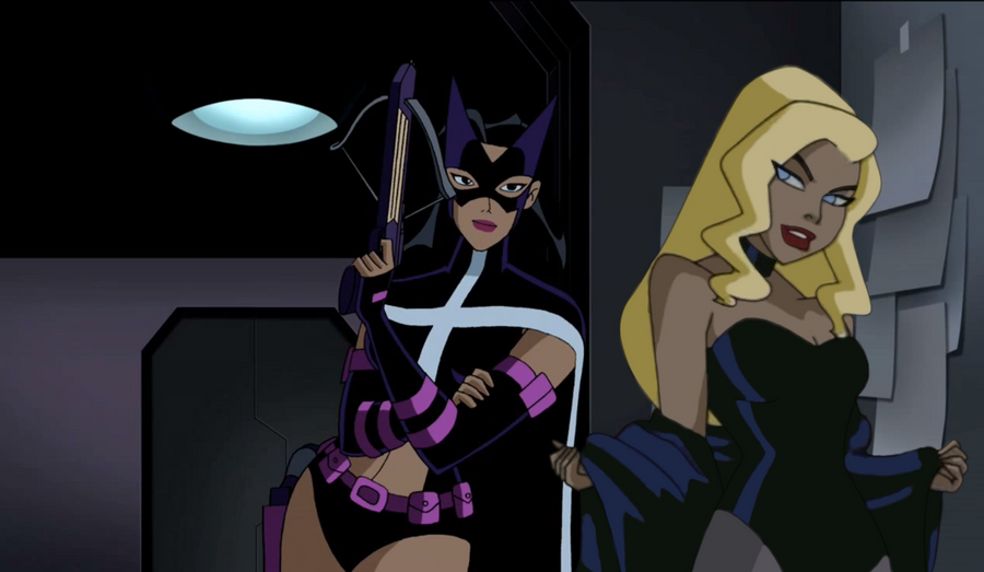 Black canary huntress kiss