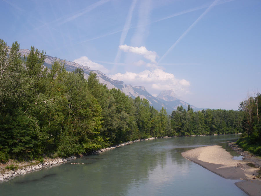 the river at Grenoble by Alpha-Maus