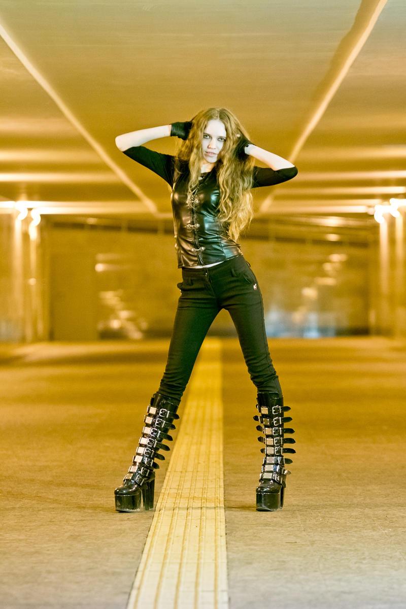 Metal girl 5 by Tairin-Rur