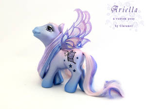 Ariella, a fairy pony