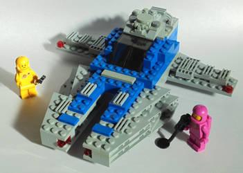 Neo classic space-ish spaceship by Lemniskate