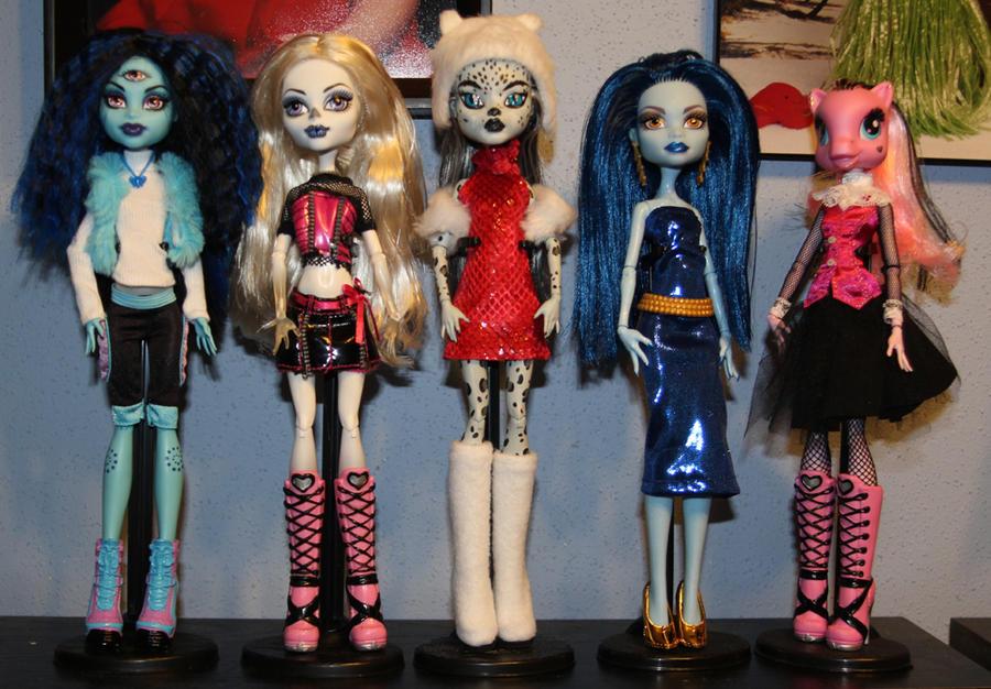 Monster High Custom Dolls By Rainbow1977 Artisan Crafts Dolls.