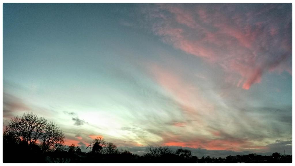 My Sky - Evening Pinks by struckdumb