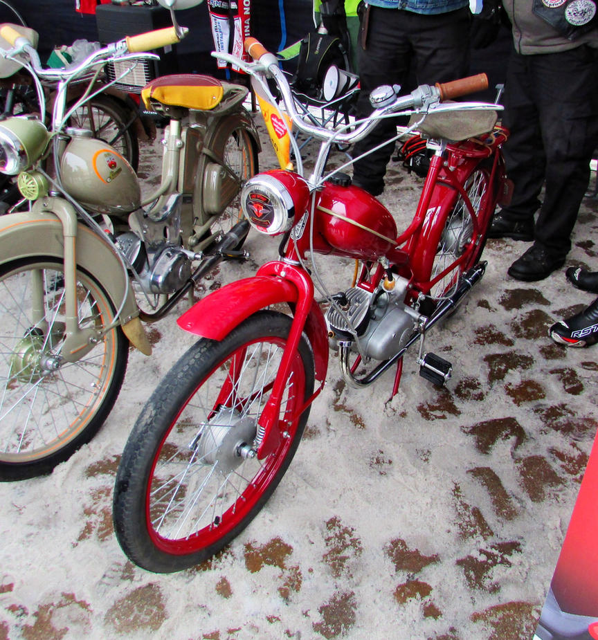 Komar prototype by Lew-GTR