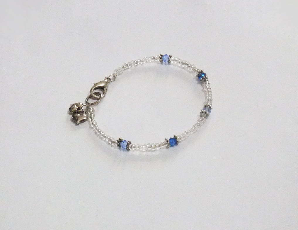 Heart Charm Bracelet with blue Swarovski Beads by MyArtself