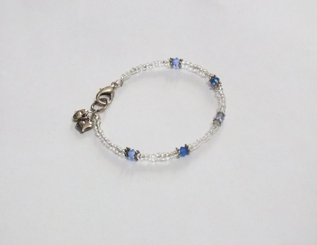 Heart Charm Bracelet with blue Swarovski Beads by MyArtself