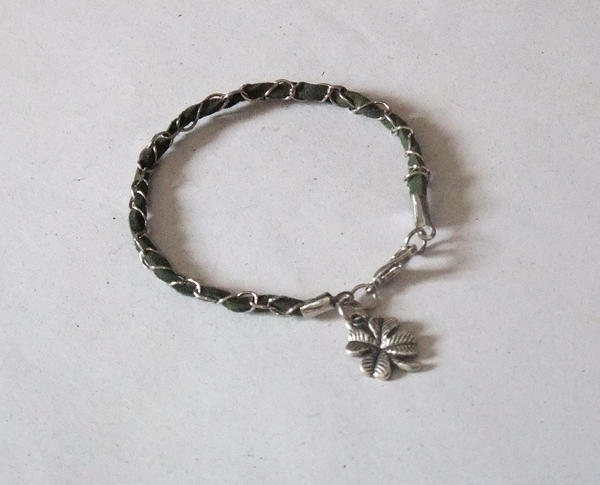 Green Clover Leather and Metal Bracelet by MyArtself