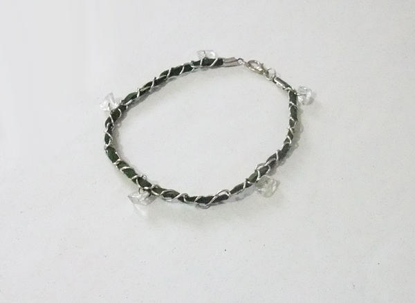 Green Leather Chain Bracelet - Silver plated by MyArtself