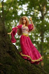 Fairy beauty on the tree by Menkhar