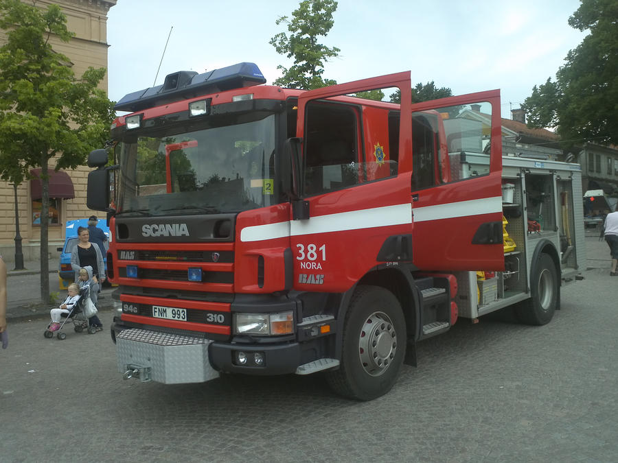 Swedish fire truck by EgonEagle