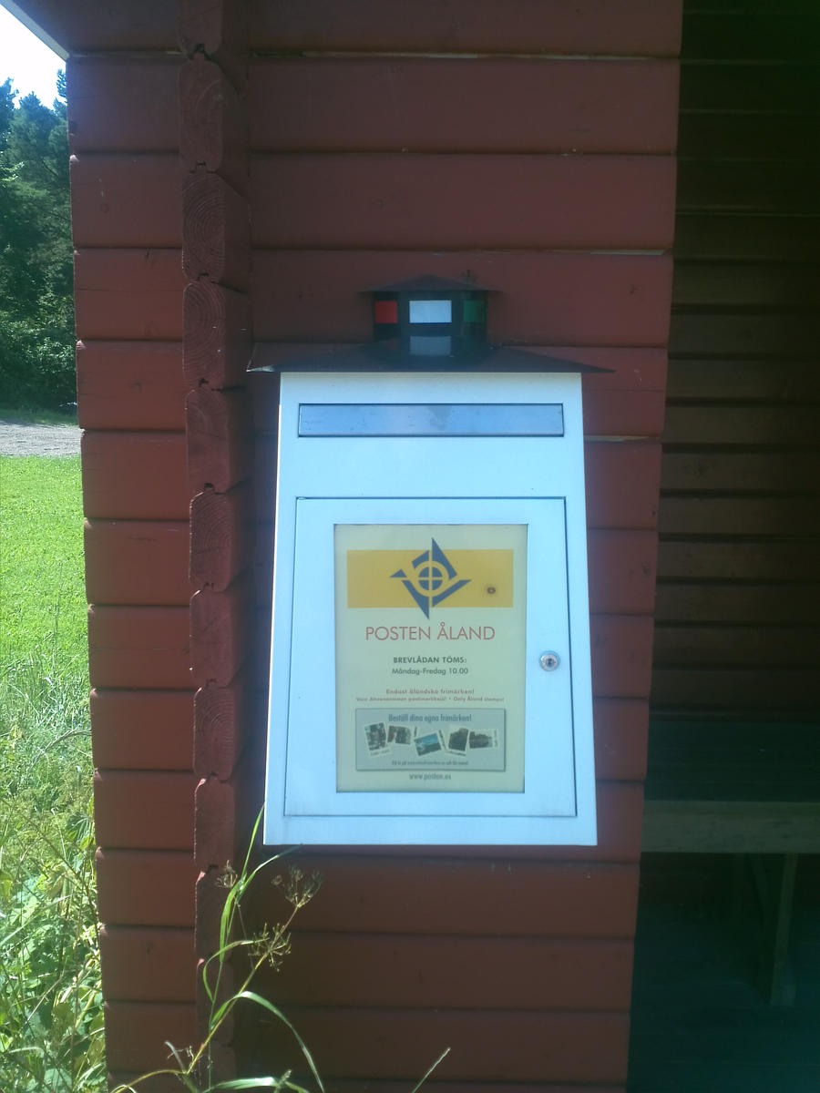 Aland mail box by EgonEagle