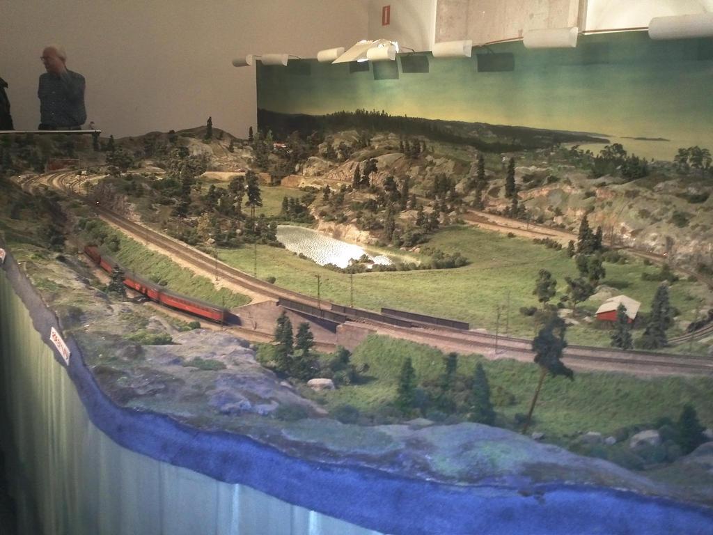 Train model by EgonEagle