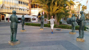 Me and musician statues