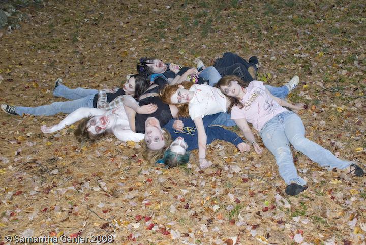 Pile Of Bodies : Dead zombie pile by saknika on deviantart