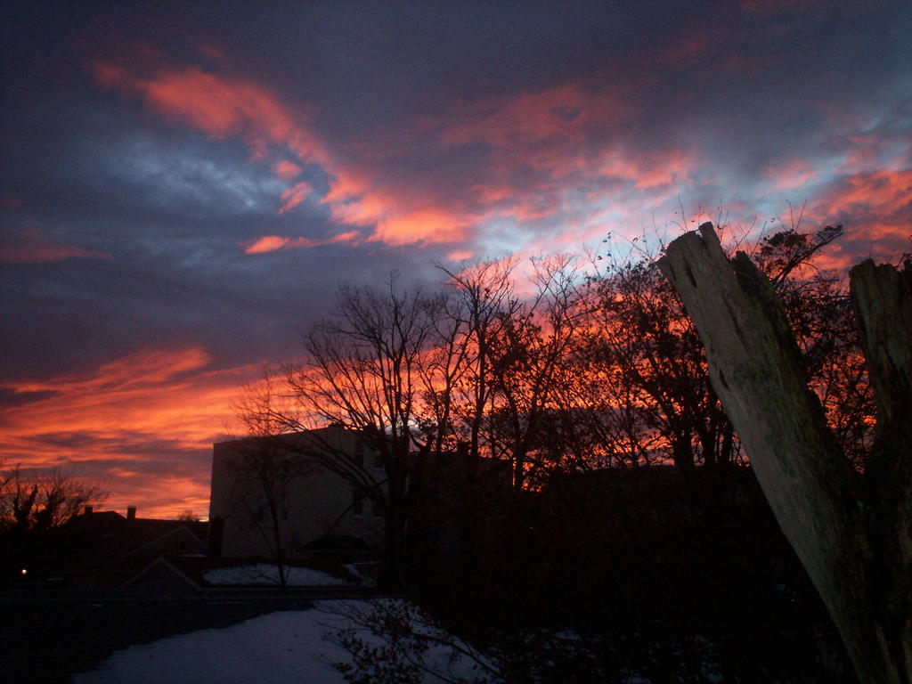 2012 after Nor-Easter sky by Bizee1