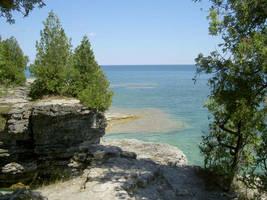 lake michigan cliff by huggskf