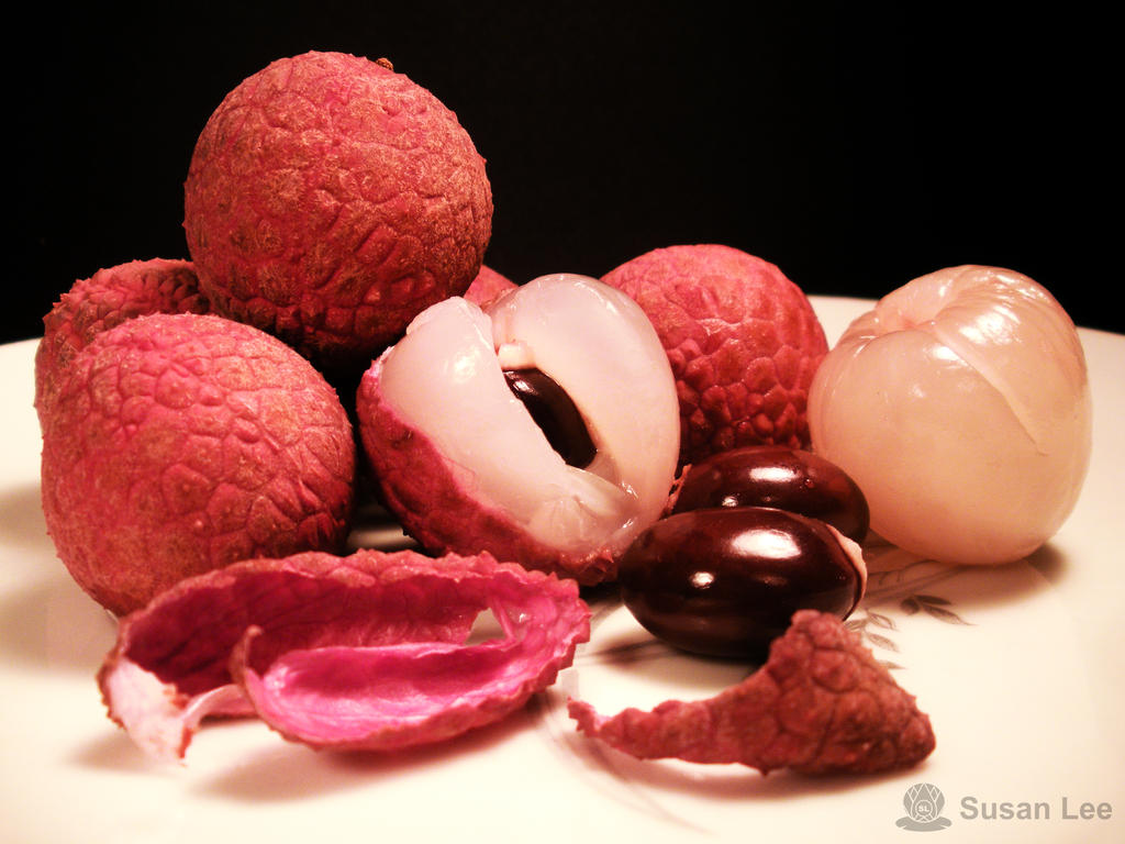 Lychee 1 by Su5anLee
