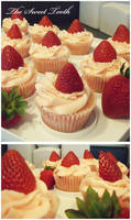 Pink Lemonade Cupcakes by TheSweetTooth