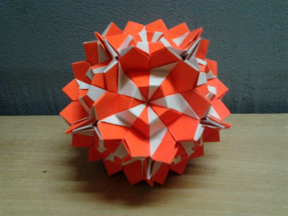 Origami origamimalaysia origami Kamillen by no kusudama Kusudama  glue