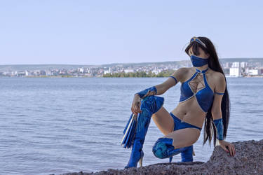 Mortal Kombat 9 cosplay Kitana