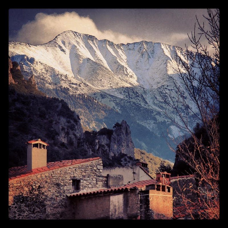 Canigou Pyrenees by arnopiel