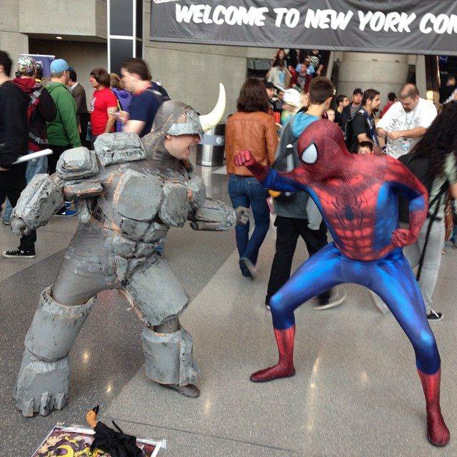Rhino vs SpiderMan by ruggala08