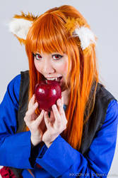 Holo: Apples Are The Devil's Fruit by firecloak