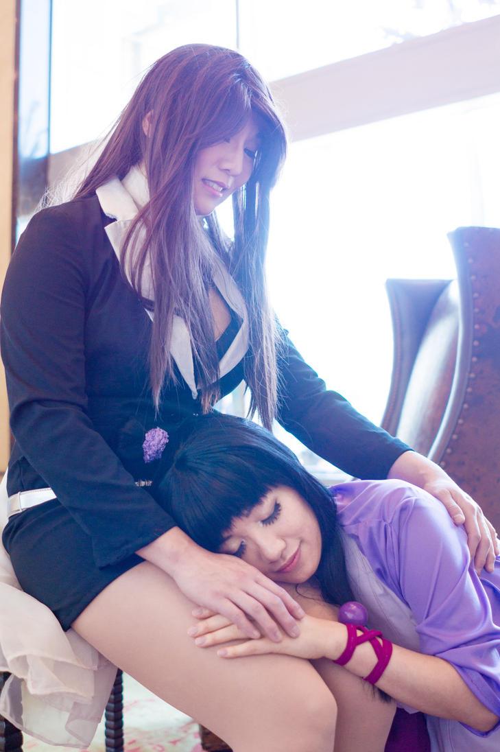 Maya Sleeps on Mia's Lap - Ace Attorney Cosplay by firecloak