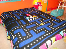 Pacman Blanket by PiNiKoLi