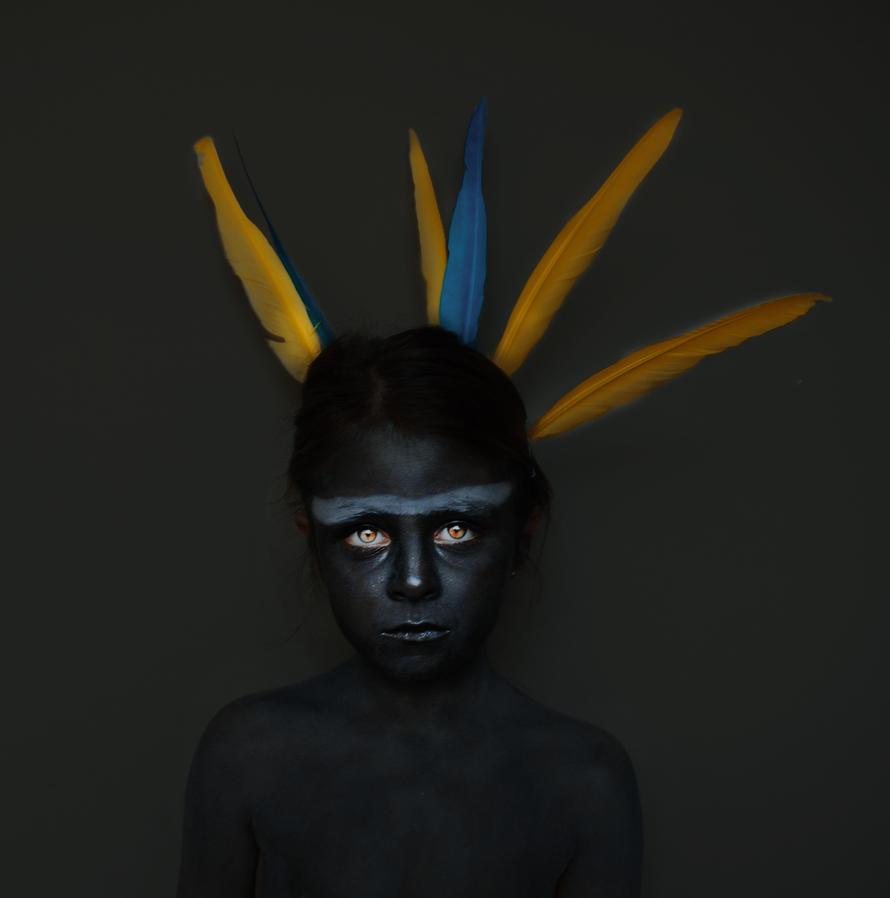 feathers by Carlotaarmengol